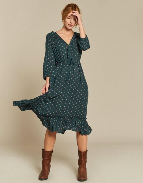 green ruffle hem V-neck long sleeve polka dot midi dress with boots in the middle of the calf