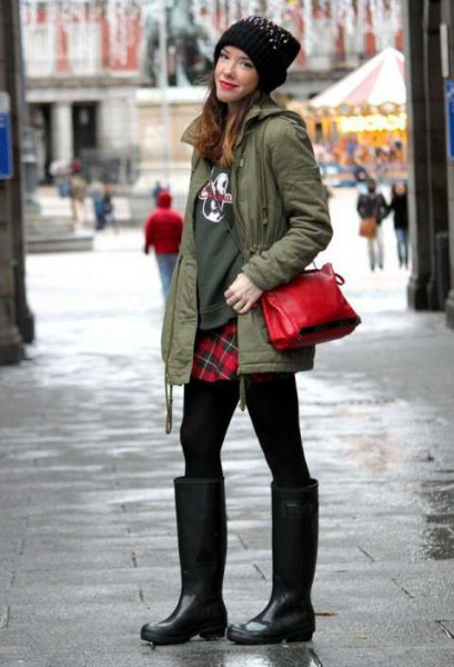 green sweater red and black plaid skirt
