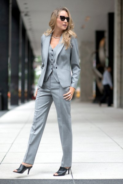 gray 3-piece suit without a shirt