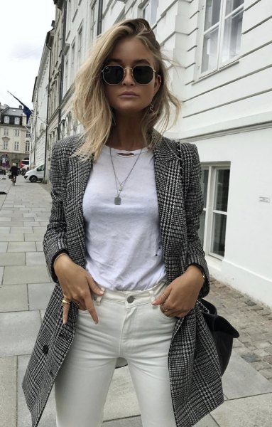 gray and black longline check blazer with white t-shirt and ivory-colored jeans
