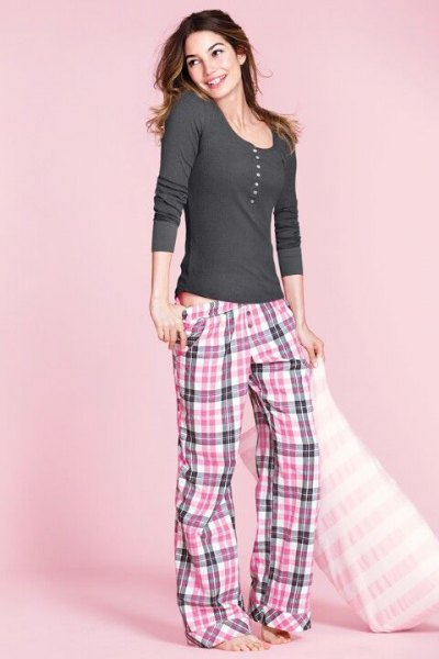 gray and white plaid low-rise pajama pants and long-sleeved scoop neck t-shirt