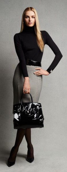 gray and white patterned pencil wool skirt