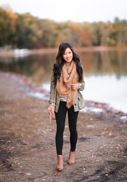 gray blazer with crepe fringe scarf and open toe boots made of camel leather
