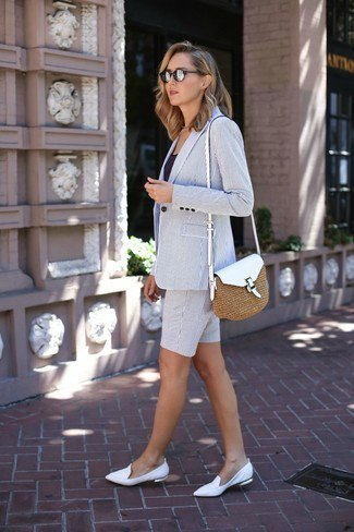 gray blazer with matching shorts and white flat leather shoes