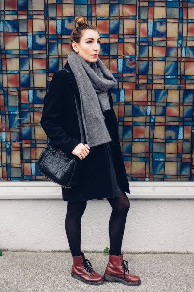 gray cashmere scarf all black outfit