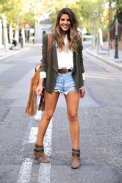 gray casual blazer with white shirt with buttons and light blue denim shorts