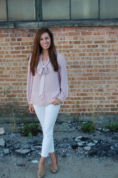 gray chiffon blouse with tie neck, white skinny jeans