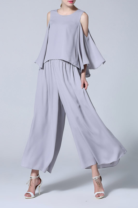 gray cold shoulder blouse pleaded for pants with wide legs