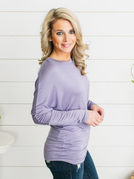 gray skinny jeans with dolman sleeves