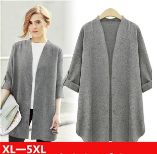 gray, collarless cotton blazer with half sleeves and white sneakers