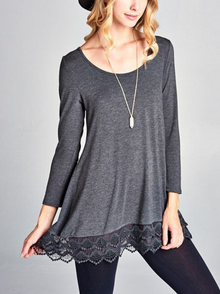 gray long-sleeved tunic T-shirt with boat neckline and black leggings