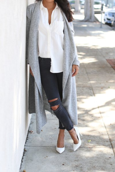 gray longline cardigan with white shirt and ripped jeans