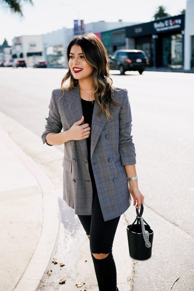 gray oversized plaid blazer, black, ripped skinny jeans