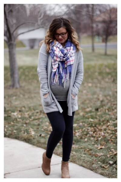 gray cardigan with relaxed fit and blue and white checked fringed scarf