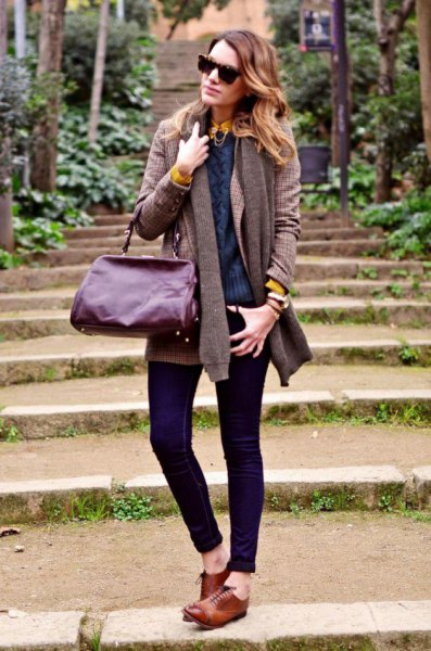 gray ribbed knitted sweater with knitted scarf and brown goat shoes