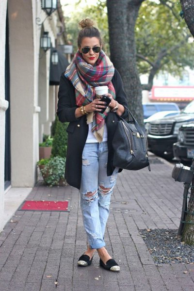 gray scarf black long coat ripped boyfriend jeans