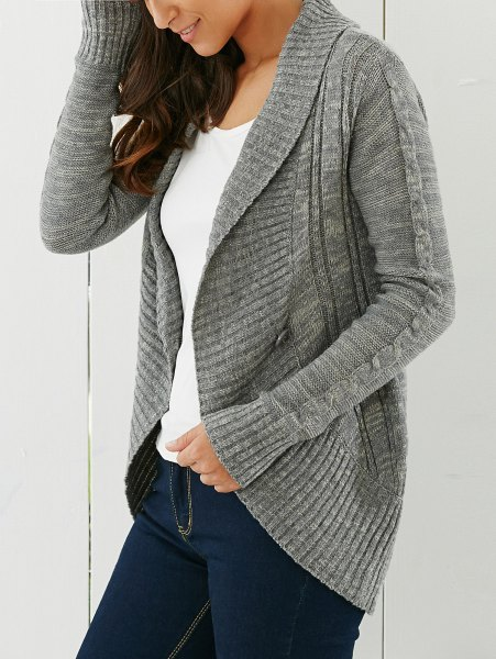 gray cardigan with shawl collar and dark blue skinny jeans