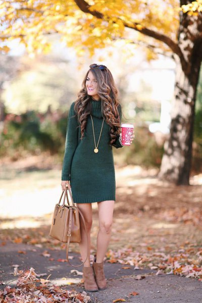 gray knitted dress with brown leather handbag