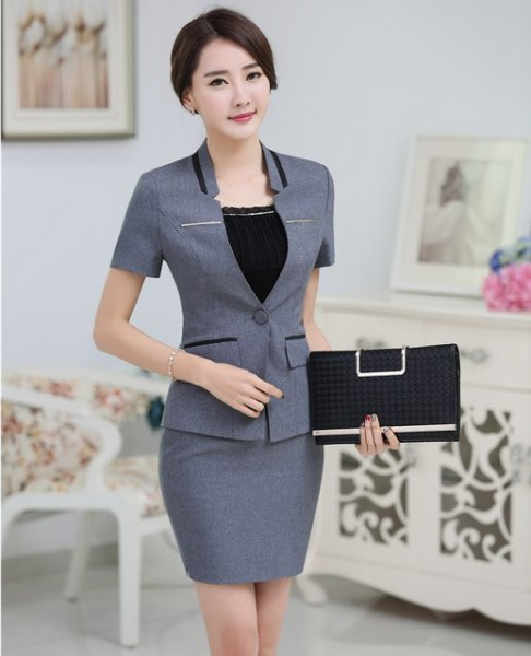 gray short-sleeved blazer with matching pencil skirt