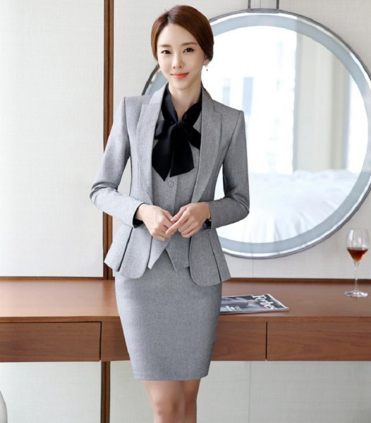 gray skirt 3-piece slim fit suit with black bow