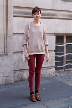 gray sweater with brown skinny jeans and oxford shoes