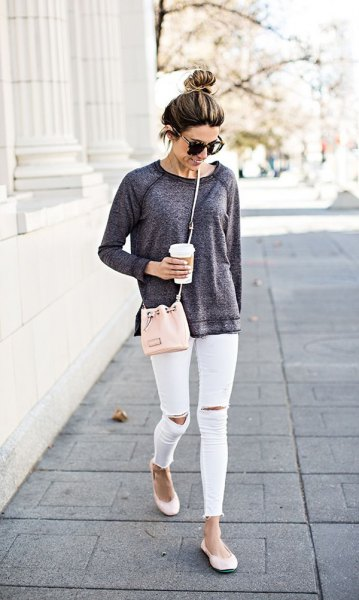 gray sweatshirt white ankle jeans