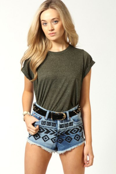 gray t-shirt with blue and black printed cute denim shorts