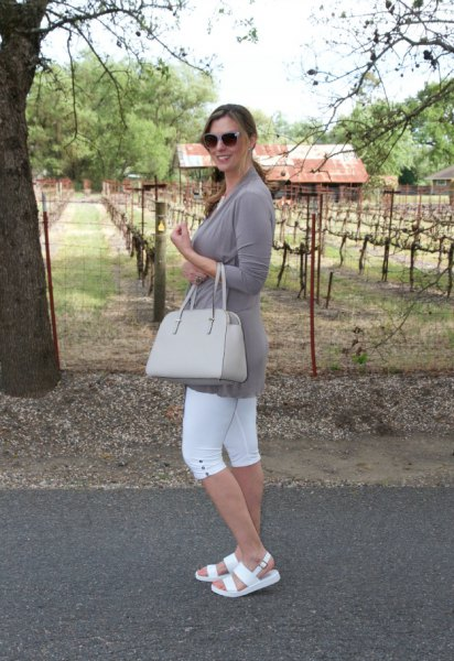 gray tunic long-sleeved t-shirt with white sandals