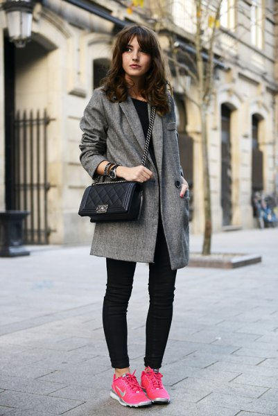 gray tweed longline blazer with dark skinny jeans and pink hiking tennis shoes