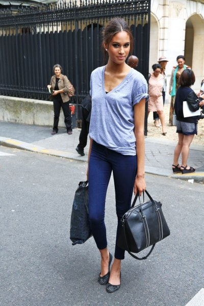 gray V-neck t-shirt and black and white leopard print ballerinas