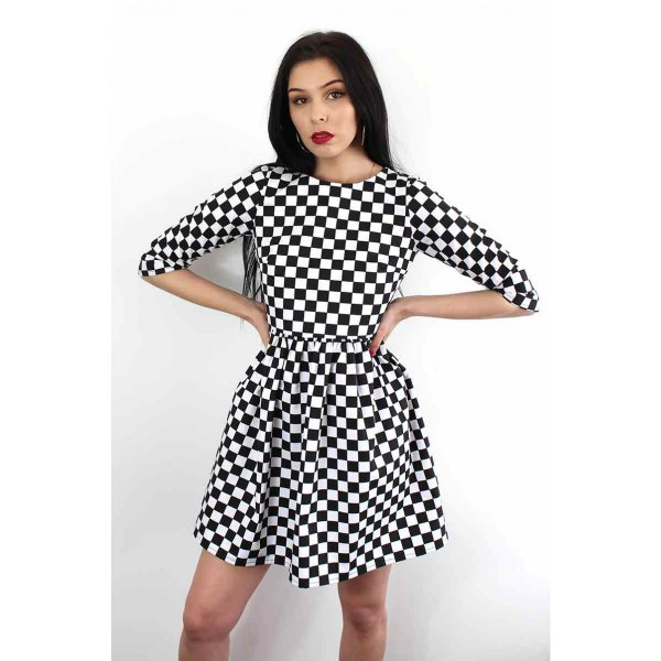Checked fit and flared mini dress with half sleeves