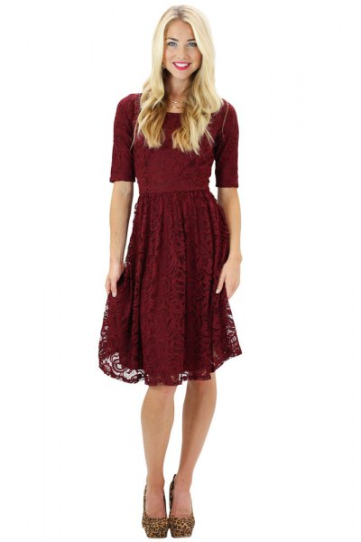 half sleeve fit and flared knee-length lace dress