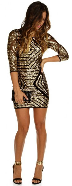 Bodycon dress with half sleeves in gold and black sequin pattern