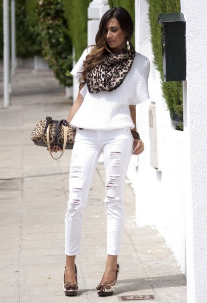 Half sleeve sweater, leopard print scarf and cropped white jeans