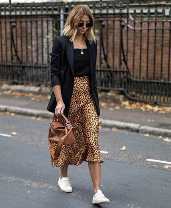 20 Best Midi Skirt Outfits with Multiple Outfit Styles - Outfit Styl