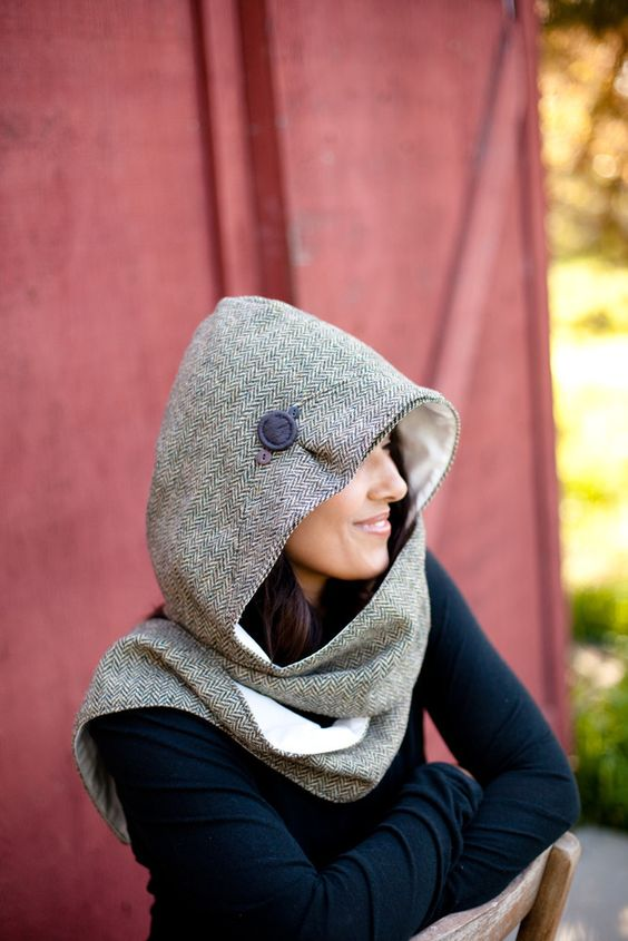 Flannel hooded scarf
