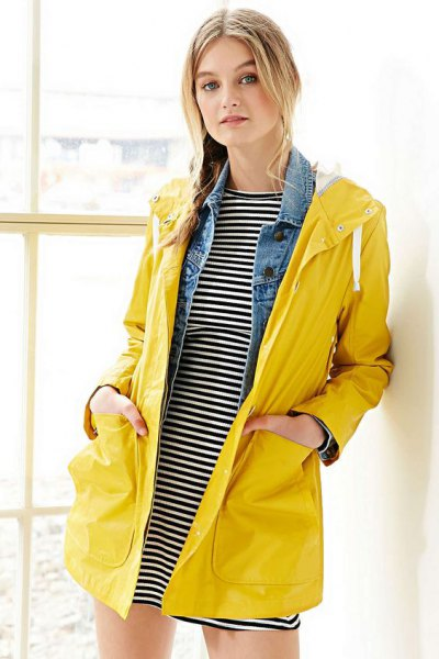 horizontal striped t-shirt dress yellow raincoat