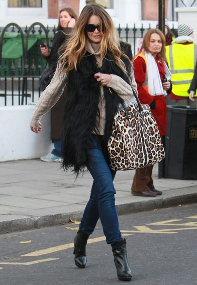 Cosy and stylish: how to wear faux fur! | SHEmazin