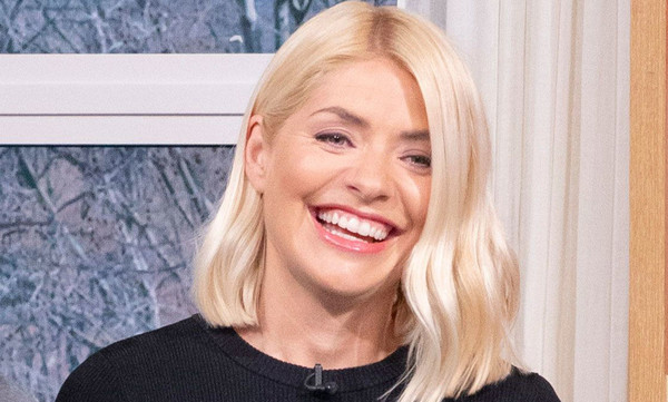 Holly Willoughby's grey cashmere dress divides This Morning fans .