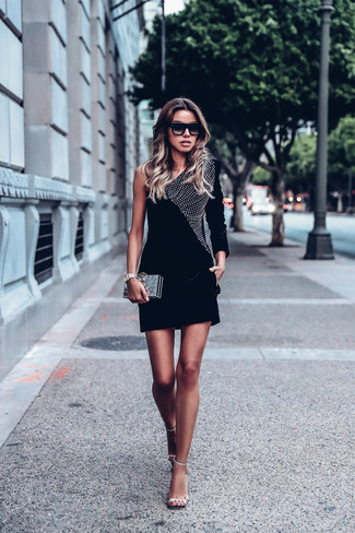 Black Velvet Dress Outfits (25 ideas & outfits) | Lookast