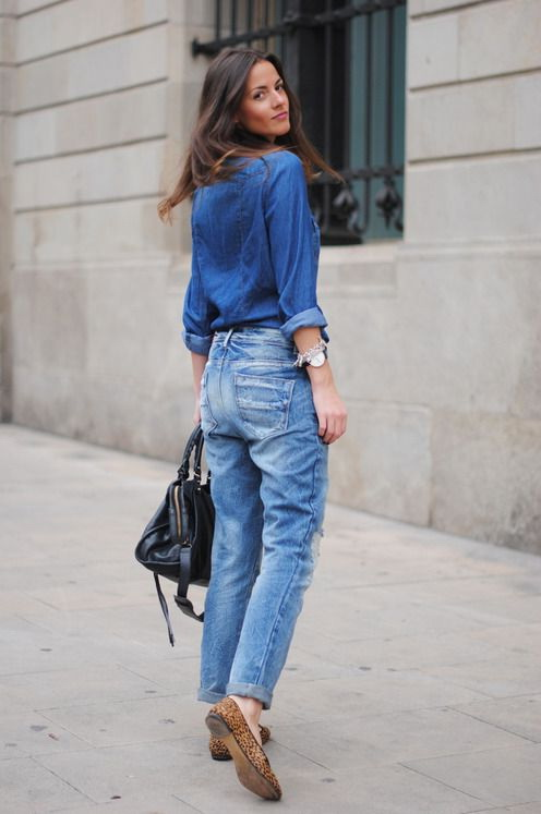 How To Wear Relaxed Fit Jeans 2020 | FashionTasty.c