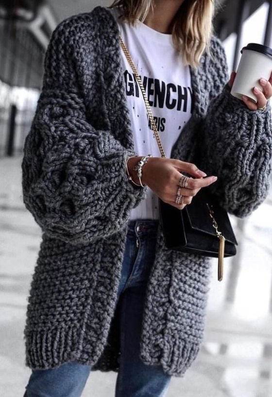 15 Ways To Wear An Oversized Knit Cardigan This Spring | Outfit .
