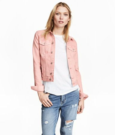 Light pink. Jacket in washed denim with metal buttons. Collar .