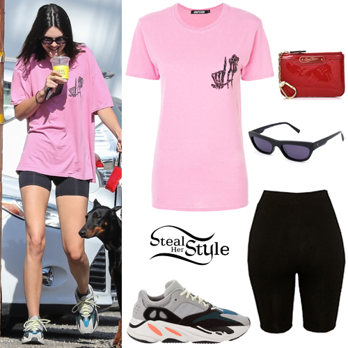 Kendall Jenner: Pink T-Shirt, Black Shorts | Steal Her Sty
