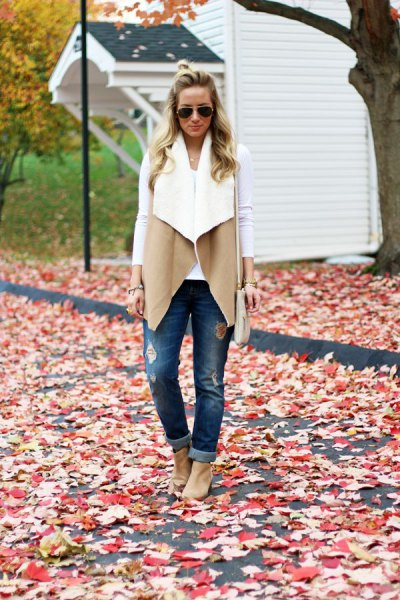 How to Style Sherpa Vest: Best 15 Cozy & Stylish Outfit Ideas for .