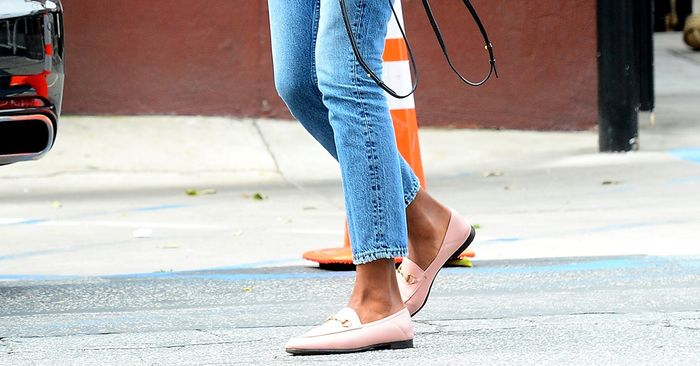 What Shoes to Wear With Skinny Jeans: A Complete Guide | Who What We