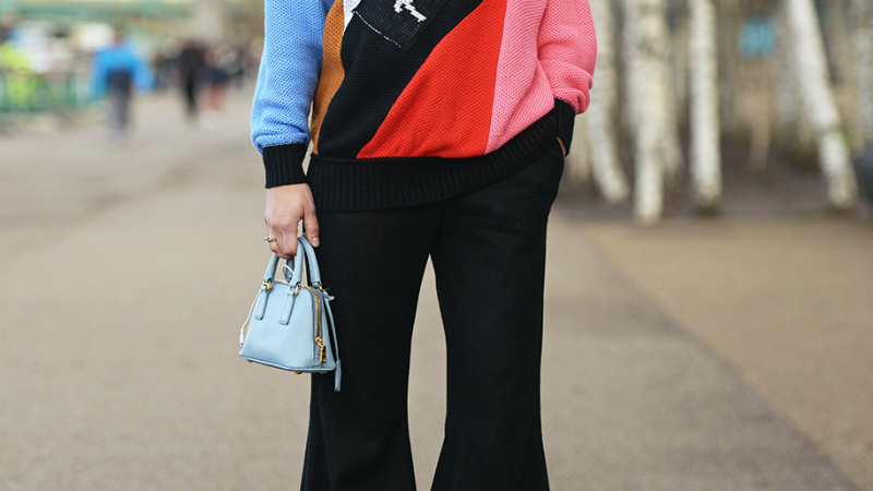 Mini Handbags are a Street Style Trend | StyleCast