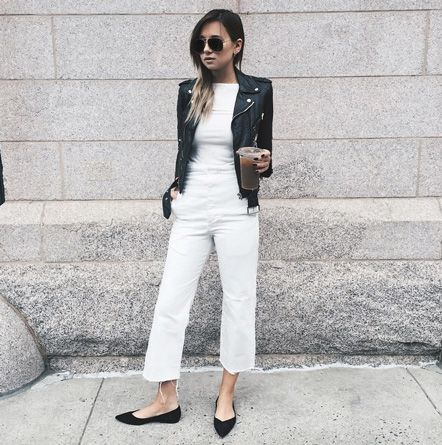 cropped and cool | Cropped jeans outfit, Cropped flare jeans .