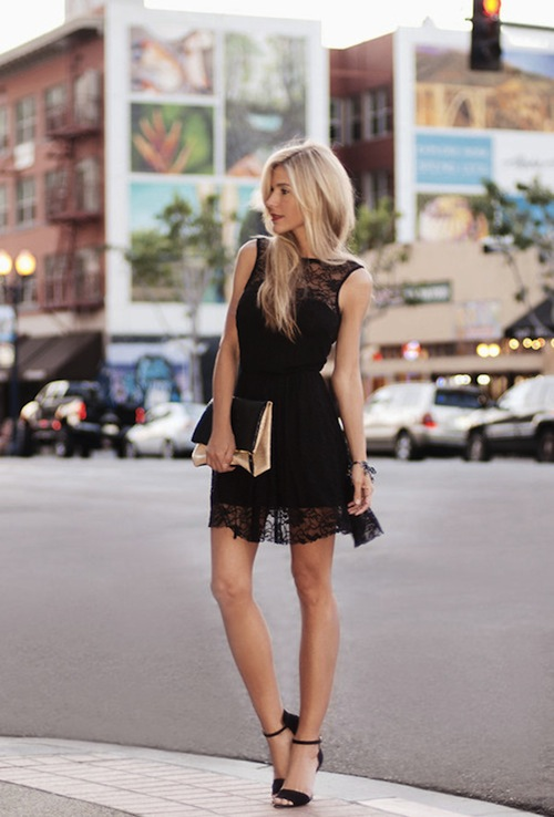 Black Lace Dresses Wearing With High Heels 2020 | FashionGum.c