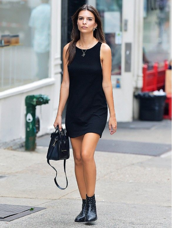 How to Wear Black Without Looking Boring | Wearing all black .